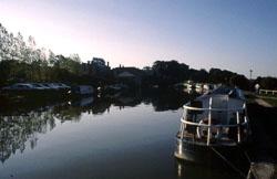 Canal_1974-015.jpg