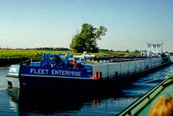Sheffield_-_South_Yorkshire_Canal_-001.jpg