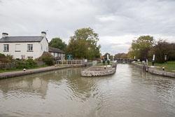 Grand_Union_Canal,_Calcutt_Locks-008.jpg