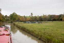 Oxford_Canal_Stranded_Boat-701.jpg