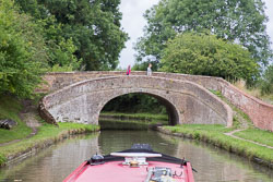Roving_Bridge,_Grand_Union_Canal-002.jpg
