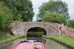 Roving_Bridge,_Grand_Union_Canal-003.jpg