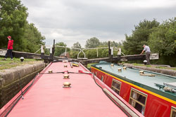Stoke_Bruerne_Locks-004.jpg