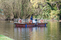 River_Avon_Foot_Ferry-001.jpg