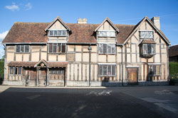 Shakespeare's_Birthplace-106.jpg