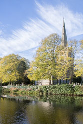 Stratford-Upon-Avon_Holy_Trinity_Church-002.jpg