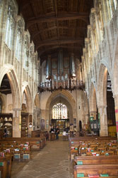 Stratford-Upon-Avon_Holy_Trinity_Church-007.jpg