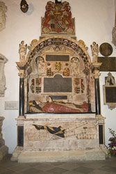 Stratford-Upon-Avon_Holy_Trinity_Church-011.jpg