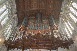 Stratford-Upon-Avon_Holy_Trinity_Church-045.jpg