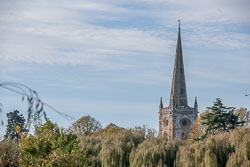 Stratford-Upon-Avon_Holy_Trinity_Church-049.jpg
