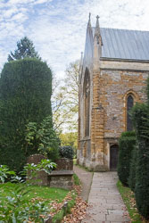Stratford-Upon-Avon_Holy_Trinity_Church-062.jpg