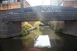 Birmingham_-_Fazeley_Canal-1442.jpg