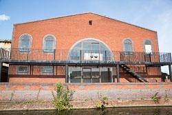 Birmingham_-_Fazeley_Canal-1446.jpg