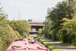 Birmingham_-_Fazeley_Canal-1447.jpg