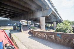 Birmingham_-_Fazeley_Canal-1453.jpg