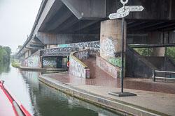 Birmingham_-_Fazeley_Canal-1464.jpg