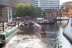 Worcester_-_Birmingham_Canal-011.jpg