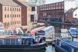 Worcester_-_Birmingham_Canal-016.jpg