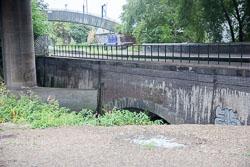 Birmingham_-_Fazeley_Canal-1468.jpg