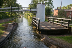 Birmingham_-_Fazeley_Canal-1565.jpg