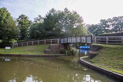 Birmingham_-_Fazeley_Canal-1569.jpg
