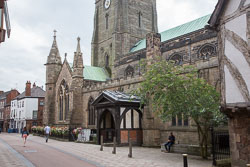 Leicester,_St_Martin's_Cathedral-001.jpg