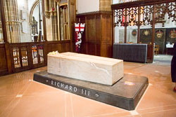 Leicester,_St_Martin's_Cathedral-040.jpg