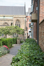 Leicester,_St_Martin's_Cathedral-066.jpg