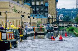 Huddersfield_Canal_362.jpg