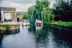 Huddersfield_Canal_454.jpg