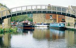 Huddersfield_Canal_422.jpg