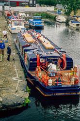 Huddersfield_Canal_423.jpg
