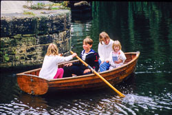 Huddersfield_Canal_500.jpg