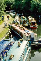 Huddersfield_Canal_815.jpg
