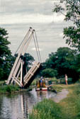 Lift_Bridge_Llangollen_Canal-004