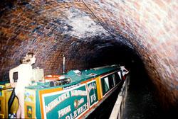 Chirk_Tunnel_Llangollen_Canal-003.jpg