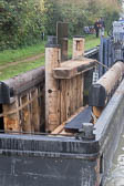 Oxford_Canal_Lock_Gates-403
