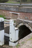 Oxford_Canal_Nell_Bridge_Lock-001