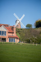 Oxford_Canal_Napton_Windmill-106.jpg