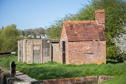 Oxford_Canal_Pill_Box-002.jpg
