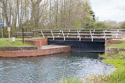 Pocklington_Canal-011.jpg