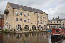 Rochdale_Canal-003.jpg