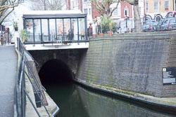 Regent's_Canal,_St_John's_Wood-144.jpg