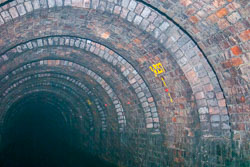 Standedge_Tunnel_-021.jpg