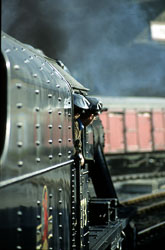 Keighley_-_Worth_Valley_Railway-031.jpg