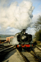 Keighley_-_Worth_Valley_Railway-049.jpg