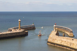 Whitby_Harbour-070.jpg