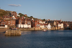 Whitby_Harbour-099.jpg