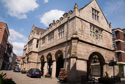 Old_Market_Hall,_Shrewsbury_-002.jpg