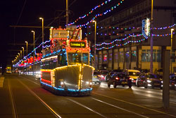Blackpool,_Tram,_Illuminations-011.jpg